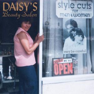 very be careful - Daisy's beauty salon